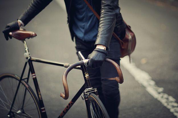 Vintage style Leather look bicycle handlebar grips