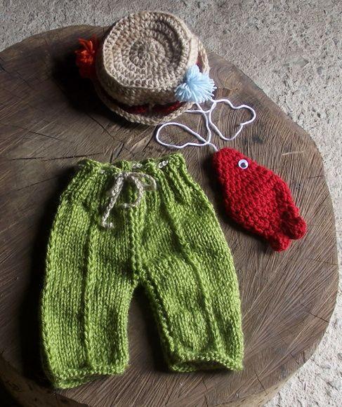 Conjunto confeccionado em tricô e crochê em fio antialérgico. composição -  calça 65bf183599a