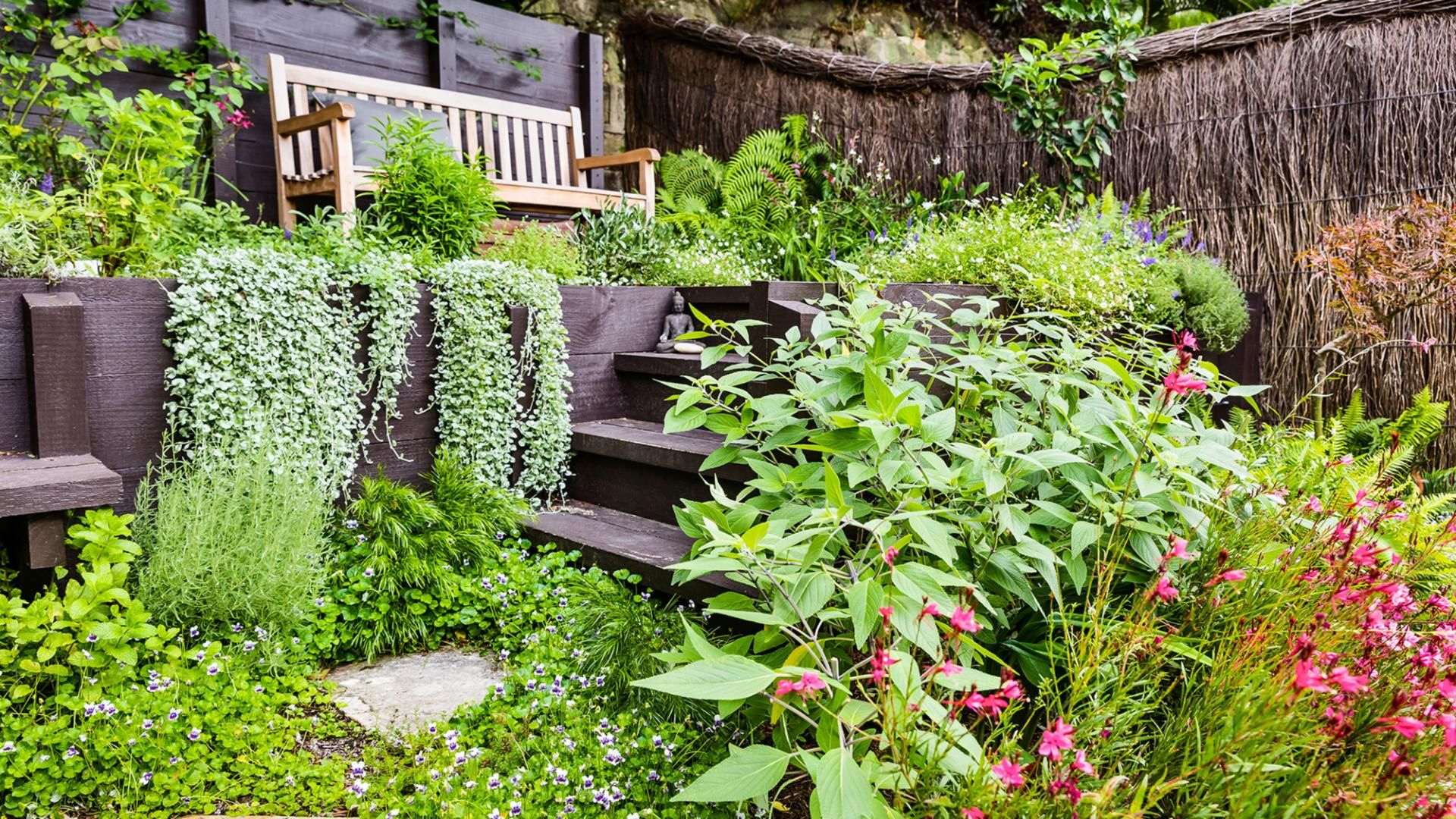 A Problem Garden Layout Is Solved Thanks To Smart Design