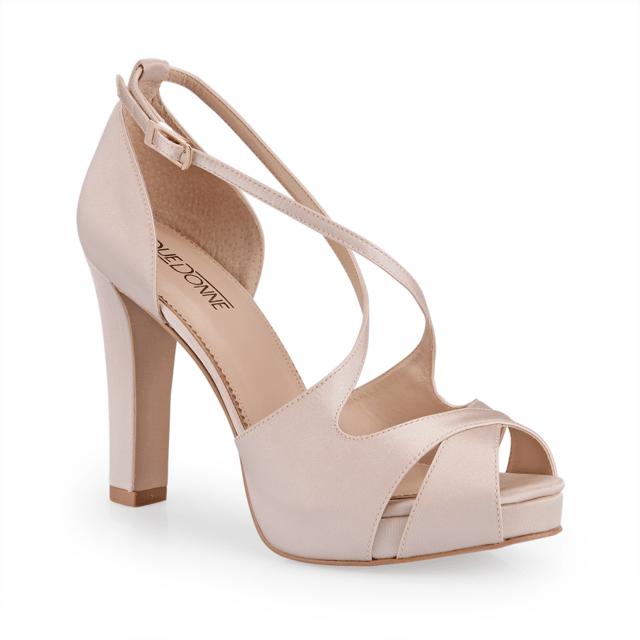 2fc74c6ce9d5c Sapato de noiva e festa modelo