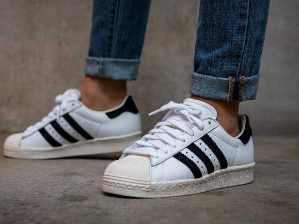 zapatillas adidas negras superstar 80s