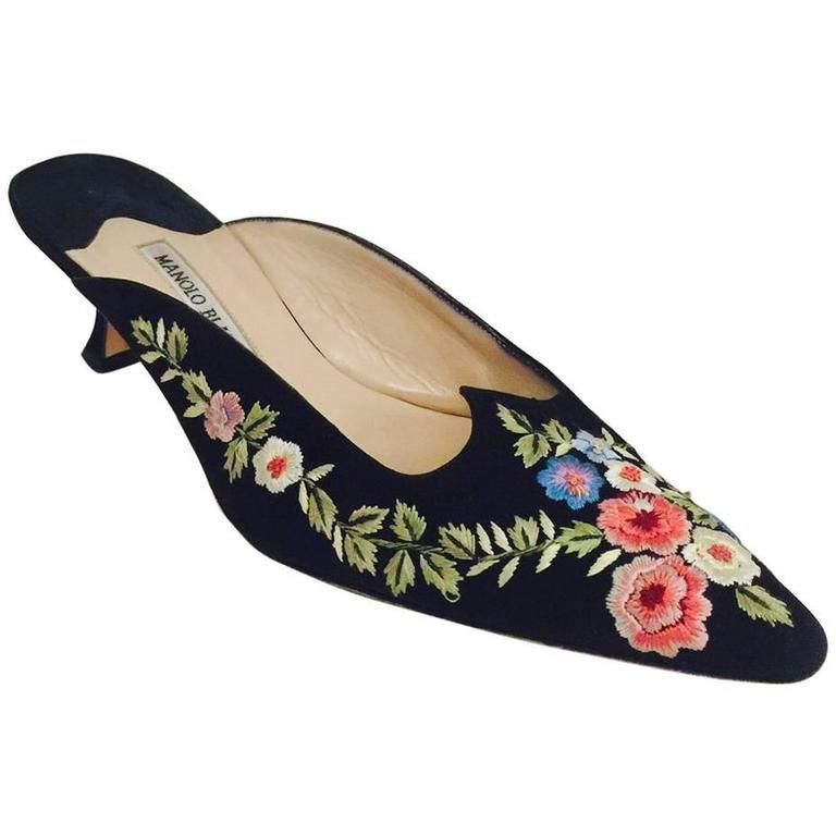 Manolo Blahnik Suede Embroidered Flats cheap price outlet edoLS4bC