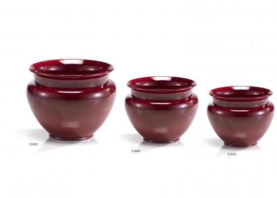Maceteros de cerámica en color liso y con de anfora, lo tiene disponible en diferentes y colores. Son un diseño de cerámica San Marcos.