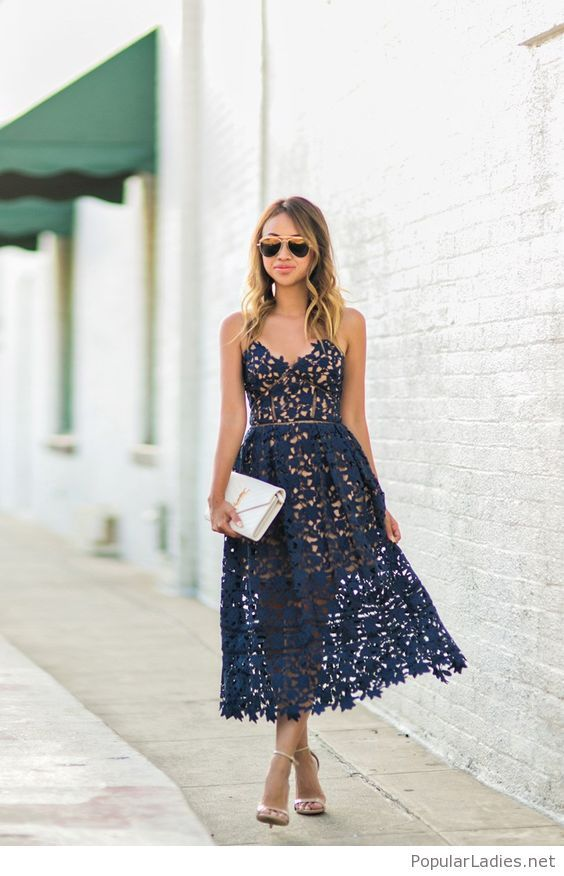 Awesome navy lace dress with a white bag a71f00e12