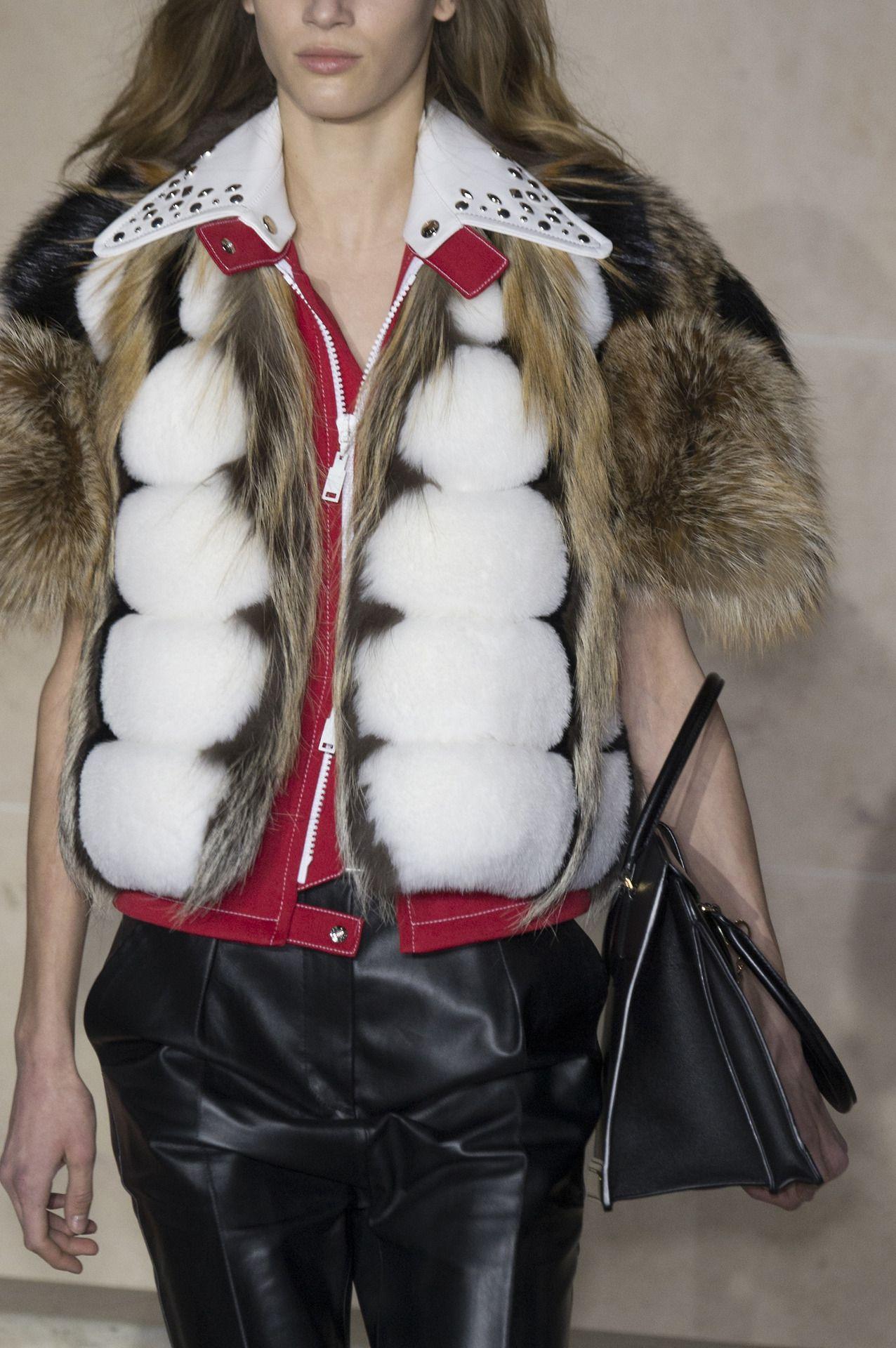 Louis Vuitton | Paris Fashion Week | Fall 2017