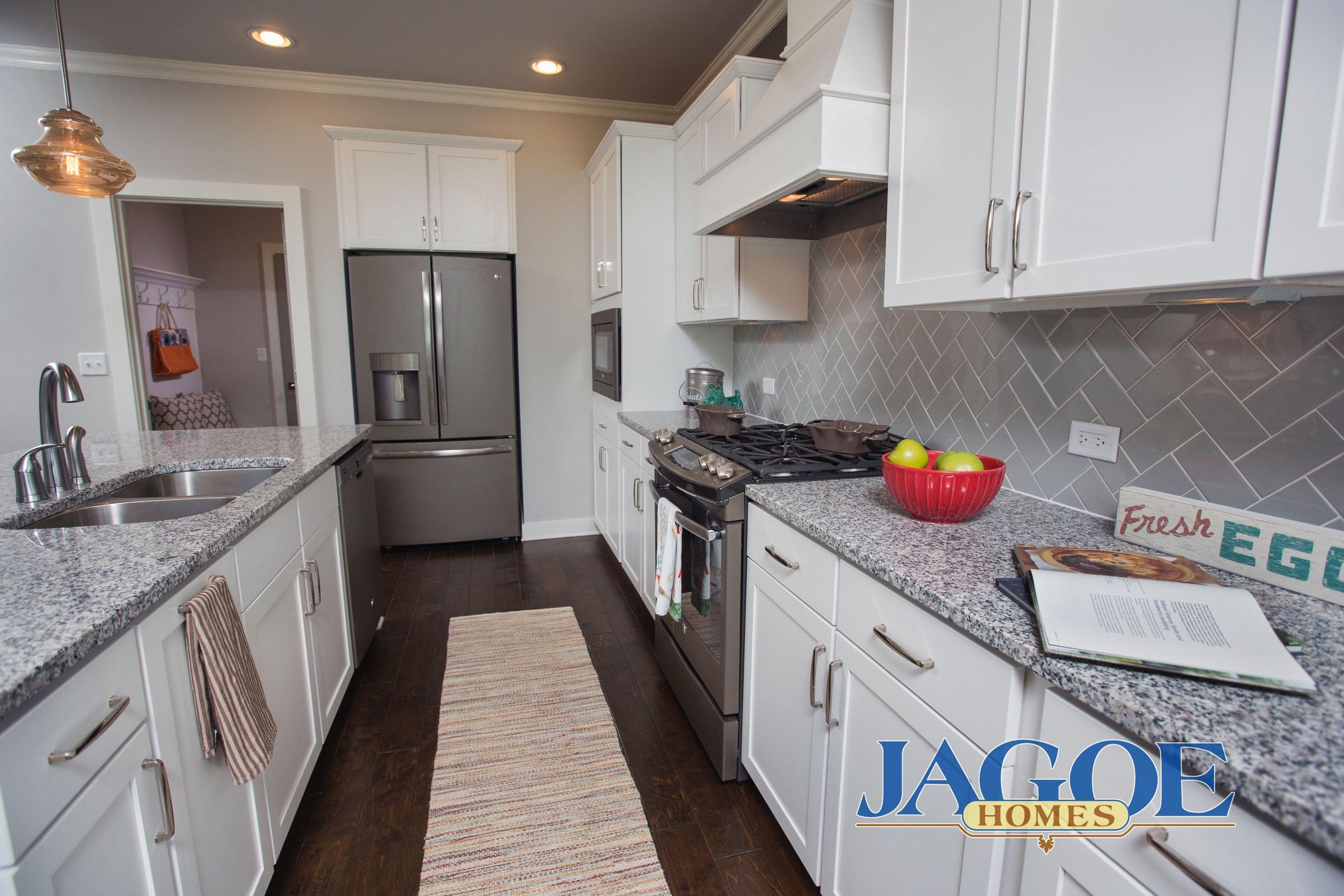Little Rock Craftsman C2 Floor Plan Kitchen Centerra Ridge