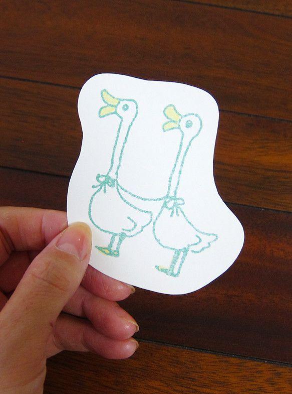 鳥のイラストをカードにしました。メッセージカードとしてもしおりとしても使えます。紙は厚めのマット紙です。4枚セットです。6枚の中からお好きなものをお選びくださ...|ハンドメイド、手作り、手仕事品の通販・販売・購入ならCreema。