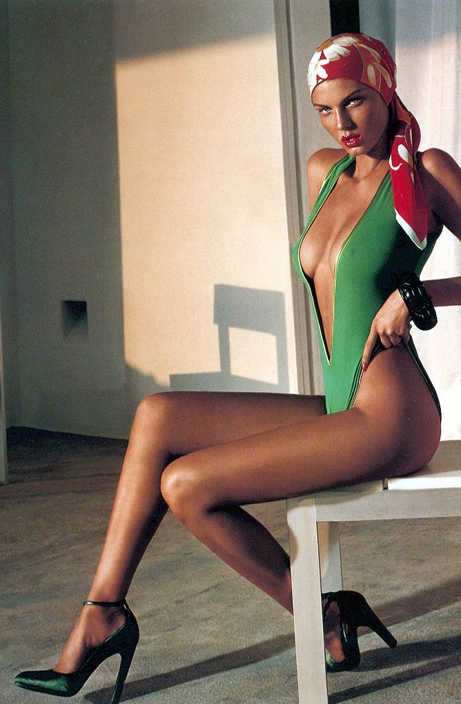 51 Angela Lindvall Nude Pictures Which Make Her The Show