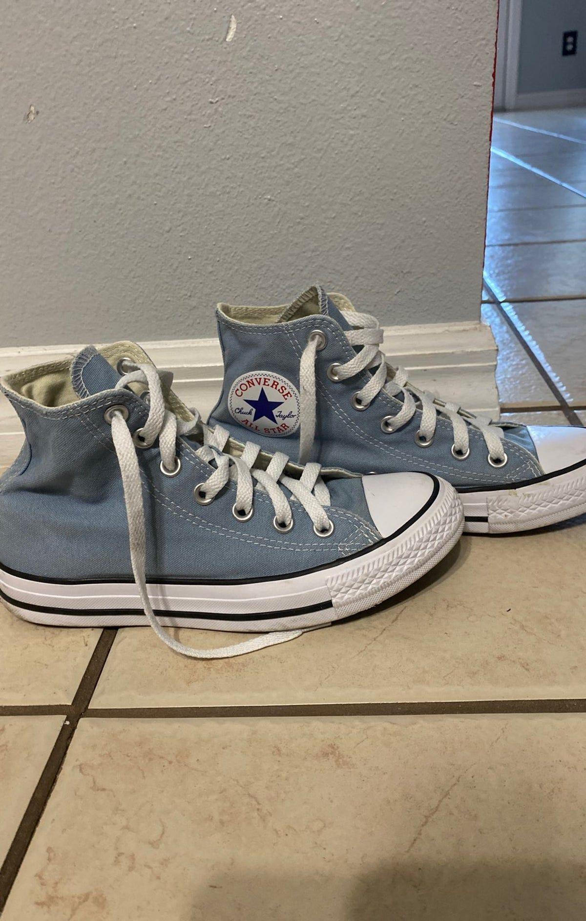 baby blue converse sz 7 on Mercari