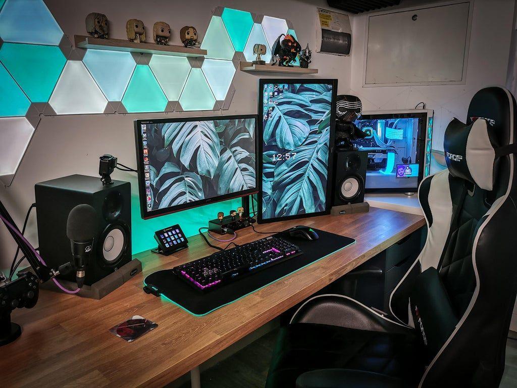 A Rare Daylight Photo Of My Setup Battlestations Gaming Room Setup Room Setup Bedroom Setup Bedroom gaming pc setup