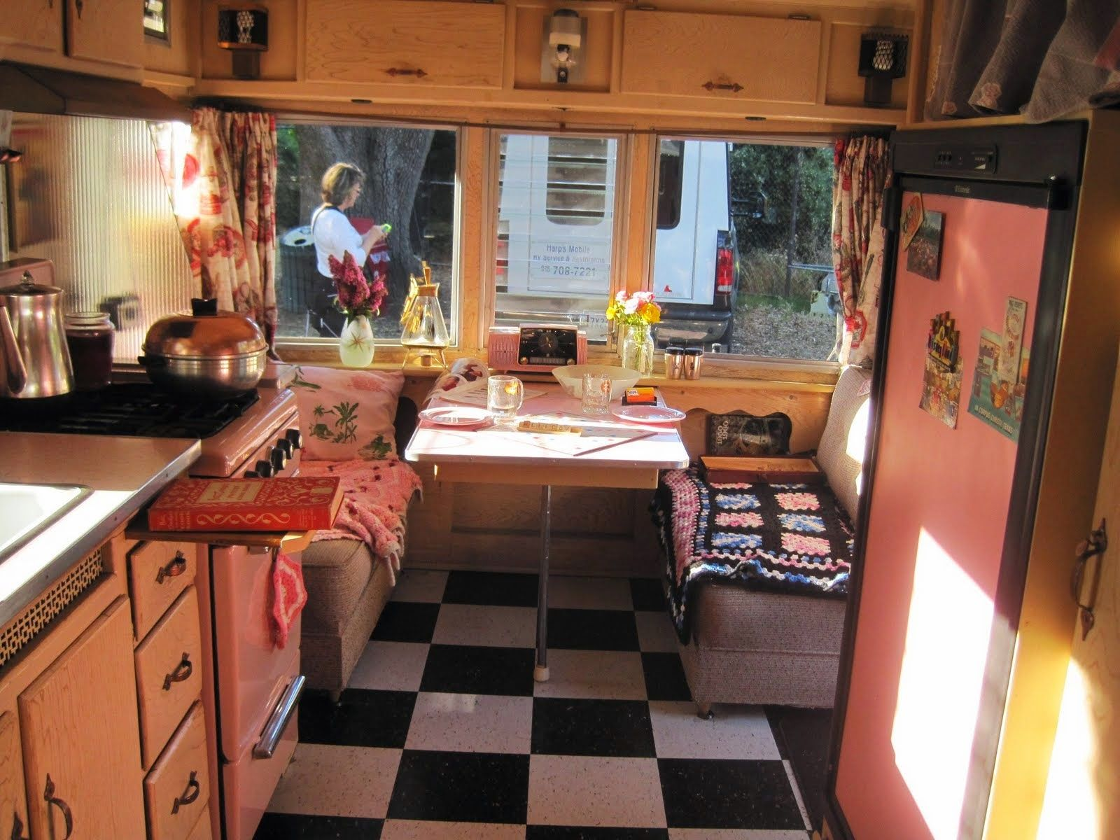 Mobile home trailer interior great ideas with best vintage for Home interiors online