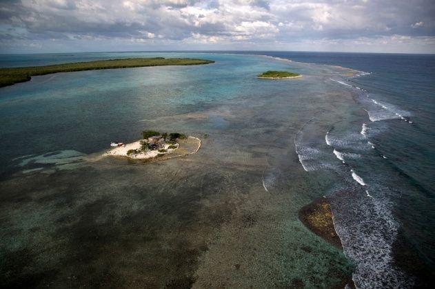 Caye au nord de Turneffe Atoll, District de Belize, Belize