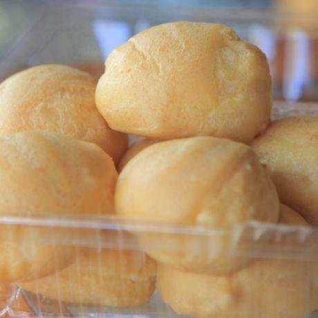 เอแคร์ไส้ฉ่ำ กินกับกาแฟหรือโอวัลติน รับรองซู่ซ่า ^^  http://www.janbin.com/รีวิว/2843-บ้านขนมคุณติ๋ง-สระบุรี  Review โดย zumo จาก www.janbin.com  #janbin #ของกิน #review #อาหาร #ขนม #ของหวาน