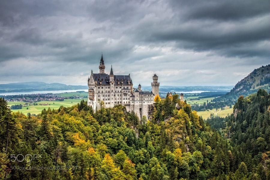 Popular On 500px Schloss Neuschwanstein By Roofer Schneider Neuschwanstein Castle Germany Castles Castle