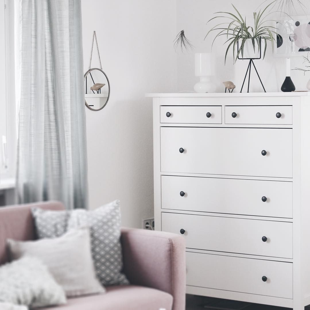 wohnzimmer skandinavisch sofa pink weiß ikea | instagram ...