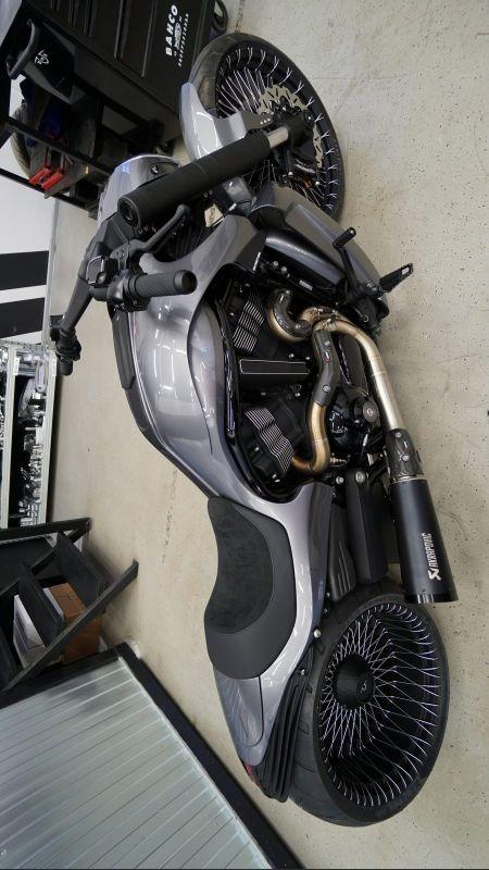 "Harley Davidson V Rod ""GIOTTO 11"" by Box39"
