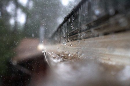 Stop Overflowing Gutters With A Gutter Splash Guard Doityourself Com Overflowing Gutters Gutters Splash Guard