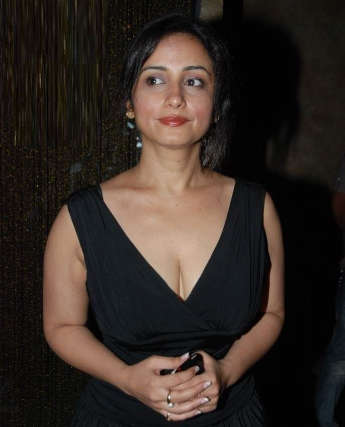 Opinion divya dutta hot cleavage consider, that