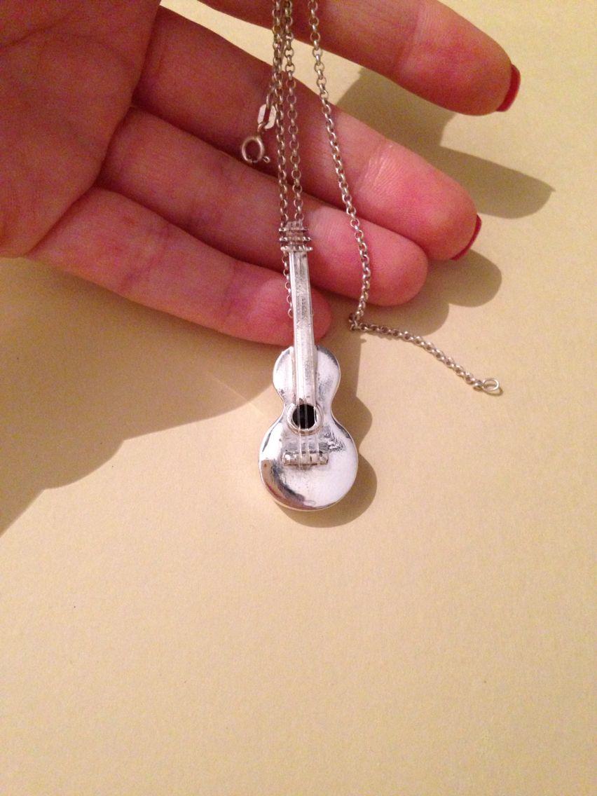Pingente violão  em prata 950