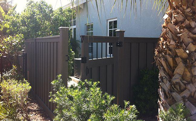 Bulldog Fence Del Ray Beach Fl Open Metal Panel In Gate