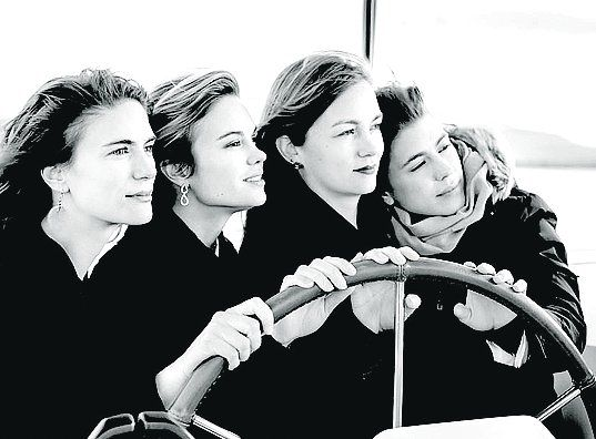 The incredible 4 Polla Sisters!