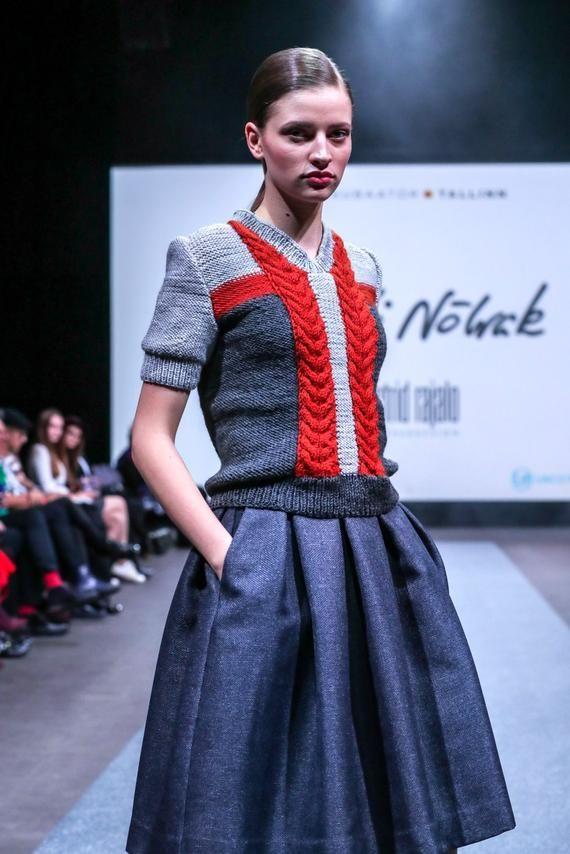 Photo of Dark grey folded skirt with pockets
