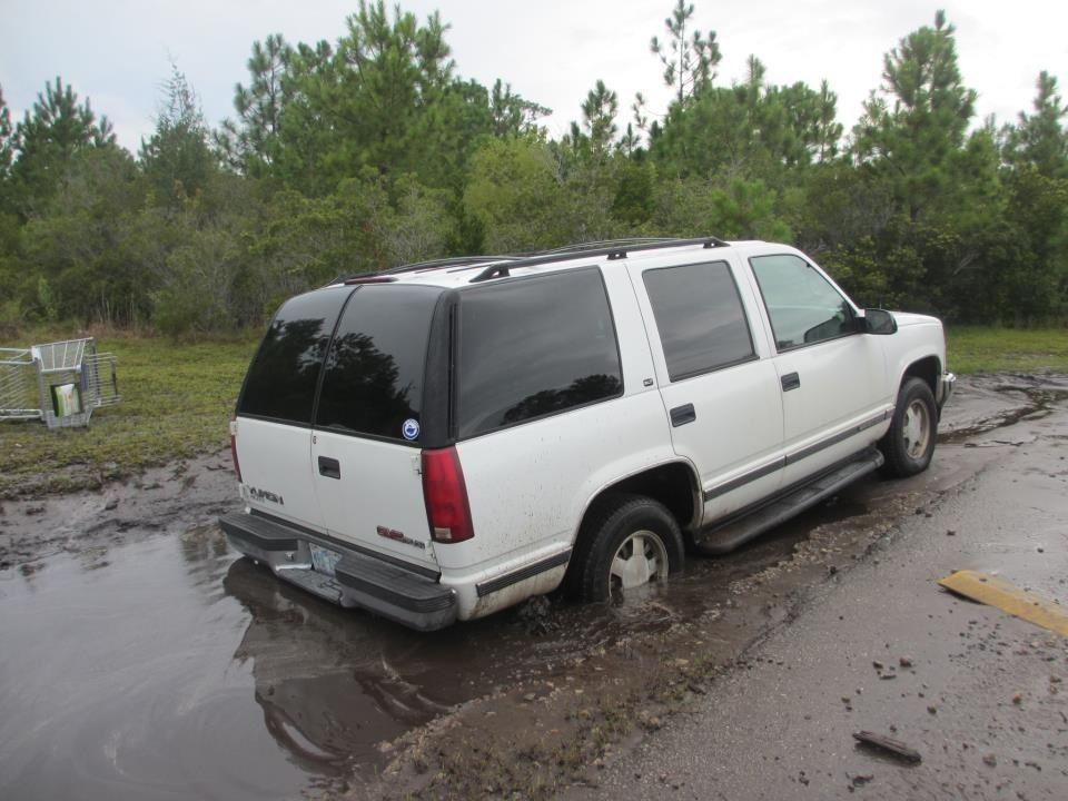 Tahoe stuck in mud Cars trucks, Suv, Cars