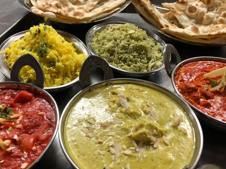 Najlepsze Indyjskie Dania Juz Na Was Czekaja Ogrodek Prawie Pelny Takze Dzwonie I Rezerwujcie Curry King Https Www Curryking Pl Https Curryk Curry
