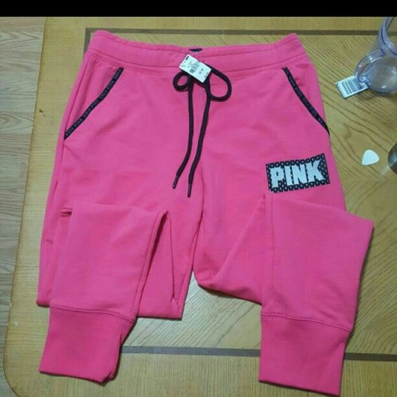 Vs pink skinny pants Vs pink skinny sweatpants Size medium Price firm No trades No holds PINK Victoria's Secret Pants