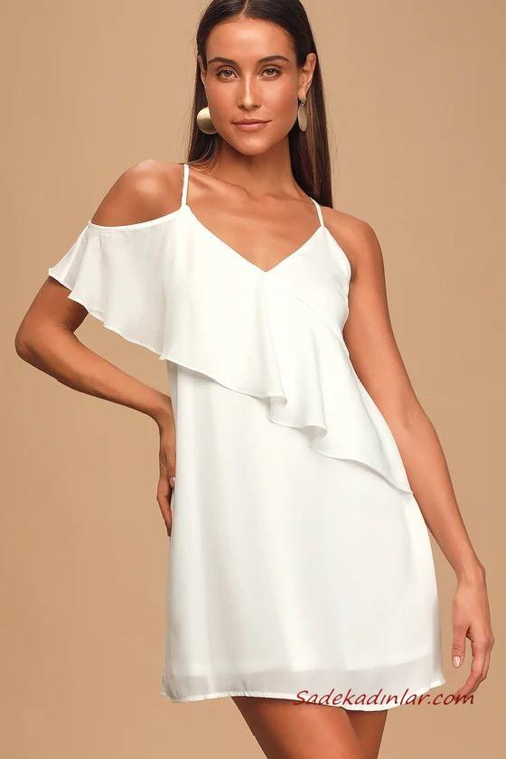 Yaz Davetleri Icin Carpici Ve Sik 2020 Abiye Elbise Modelleri Beyaz Mini Ip Askili Degaje Yaka Puantiyeli 2020 Elbise Modelleri The Dress Elbise