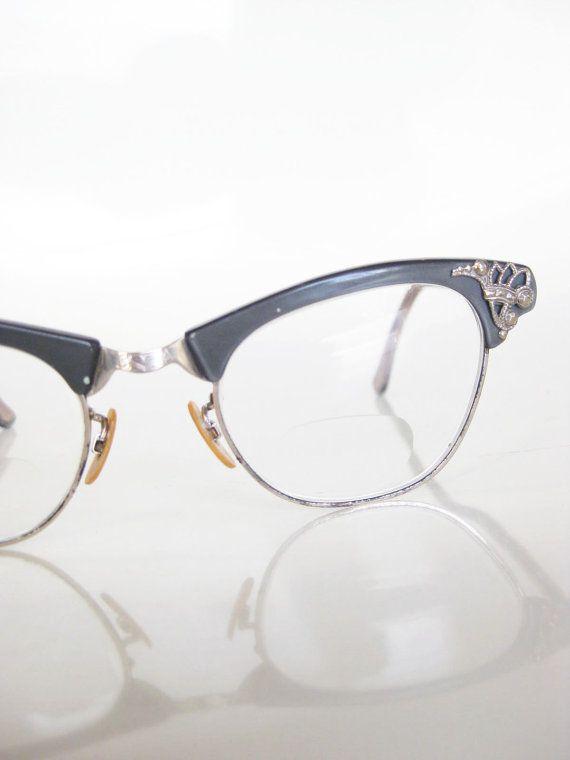 068357e43d1 Vintage CAT EYE Art Craft Eyeglasses Glasses Optical Frames Womens Ladies  Mad Men 1950s MODERN  85