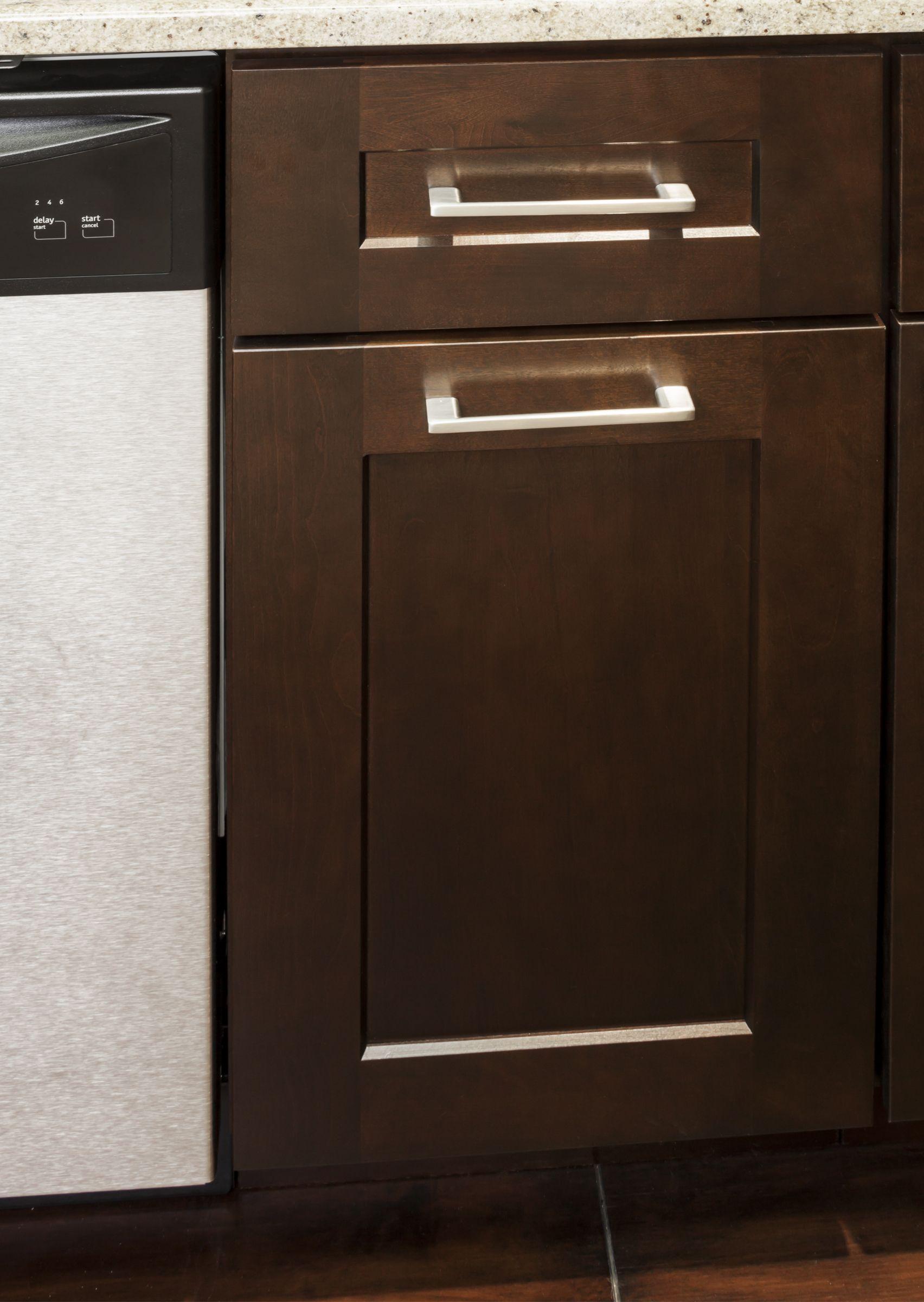 Sutton Cabinet Pulls From Jeffrey Alexander By Hardware