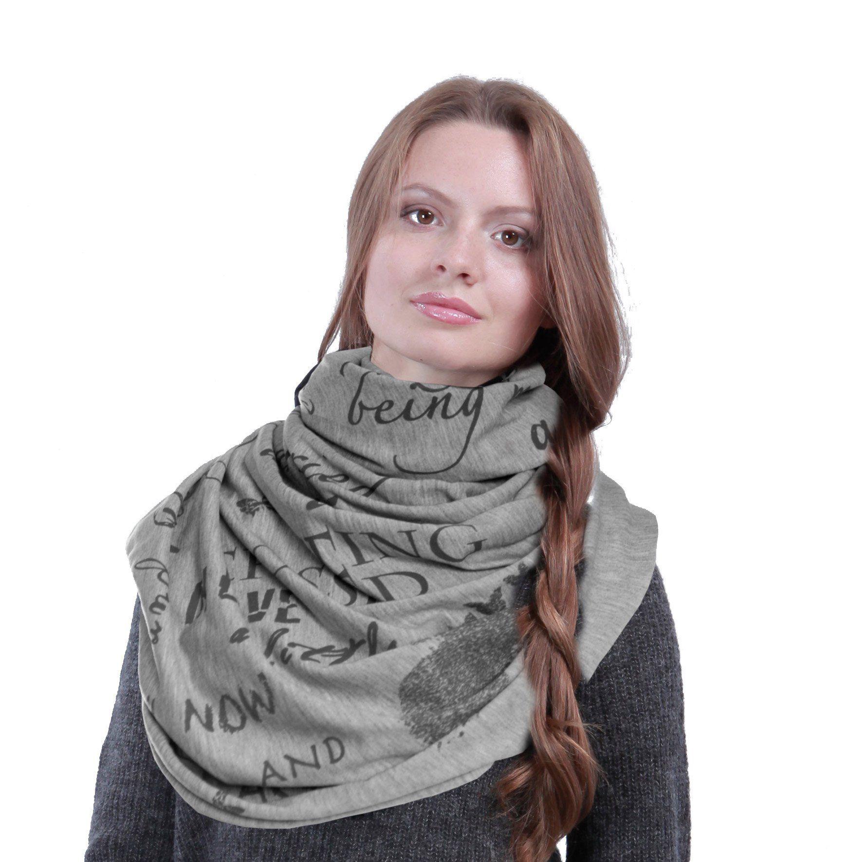 """Infinity book scarf with a quote from the """"Pride and Prejudice"""""""