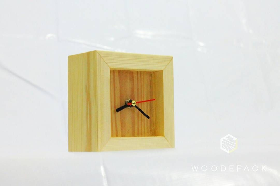 Morningword . . . . . . #wood #wooden #woodwork #woodworking #interior #decor #packaging #handmade #furniture #jatilondo #jatibelanda #rack #rakpakaian #rackdisplay #kayumindi #likeforlike #like4like #instagram #woodepack #kemasan #rakpakaian #rakkayu #pine #pinus #pot #potkayu #jam #jamkayu #woodclock de woodepack