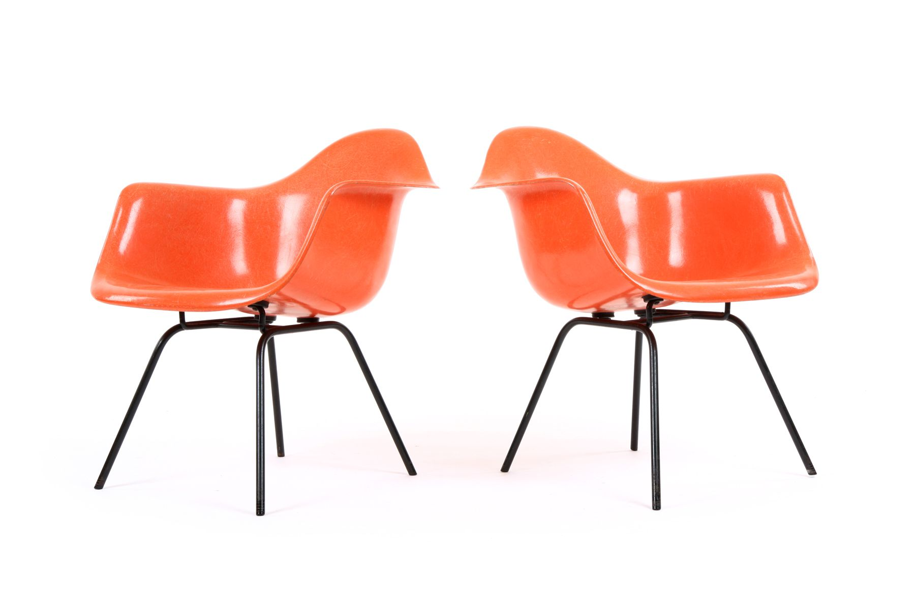 Early Eames DAX Chairs for Herman Miller (With images