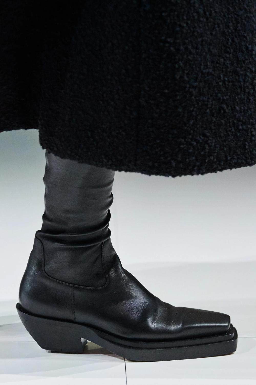 Bottega Veneta Fall 2020 Ready To Wear Fashion Show Boots Mens Fashion Shoes Boots Men