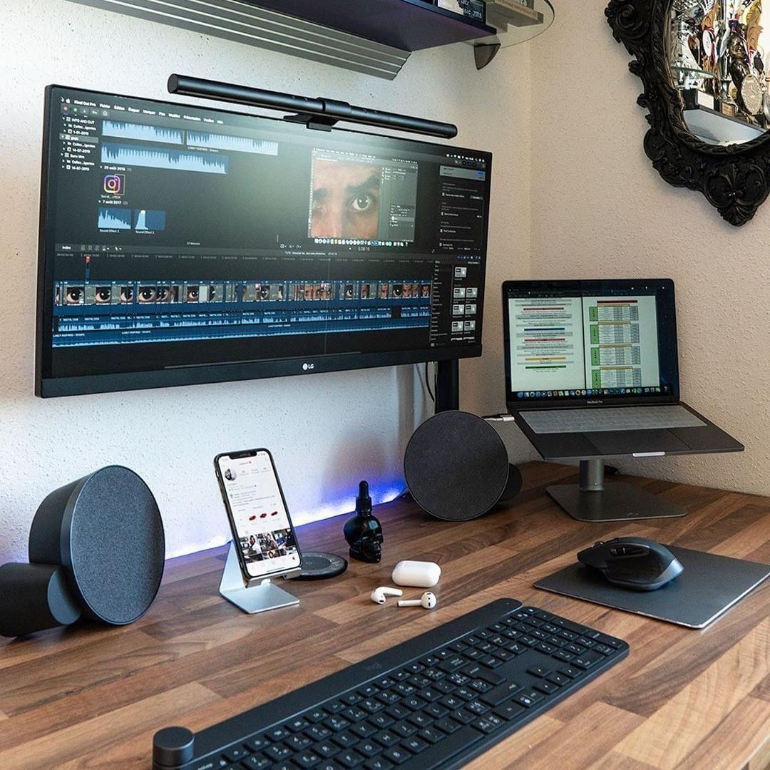 Logitech On Instagram Pagesse Maker S Safe Productive Space Logitechfrance Logitech Craft Home Office Setup Game Room Design Office Setup