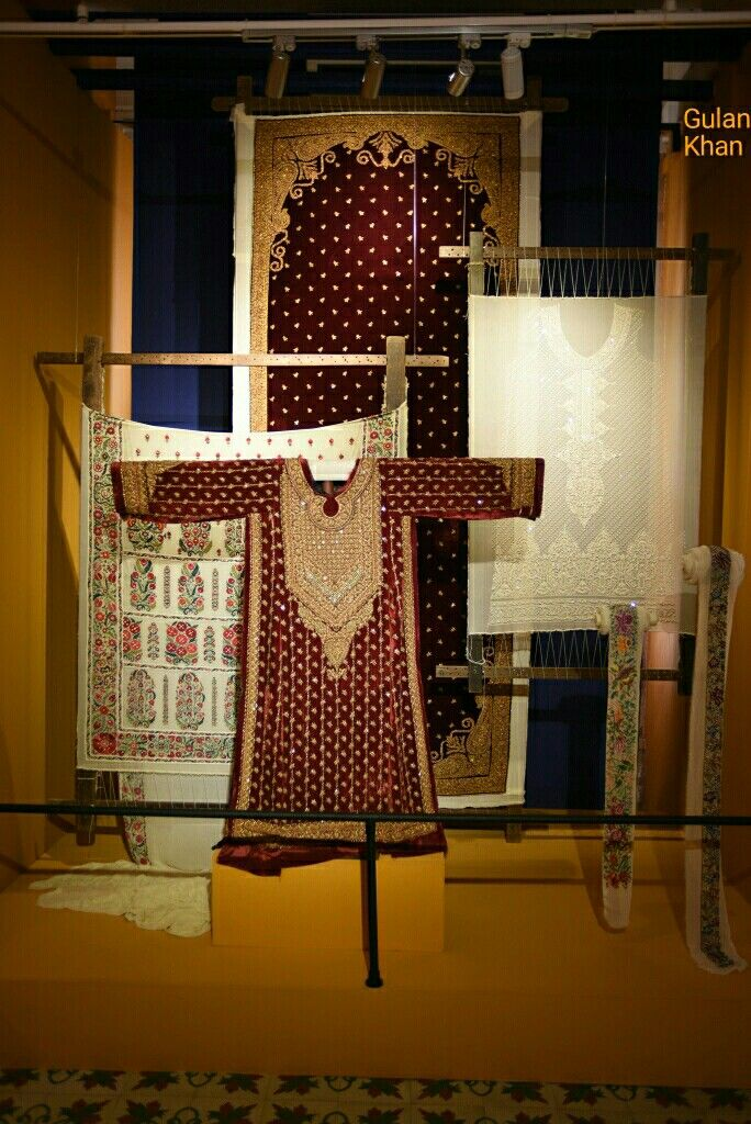 Beautiful Photography Of Sindhi Cultural Dresses In Mohatta Museum