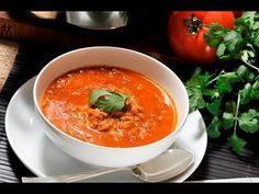 Chilpachole de jaiba. Este caldo es ideal como entrada o como plato completo, es una receta de la cocina veracruzana. Se acostumbra aderezar con unas gotas de limón.