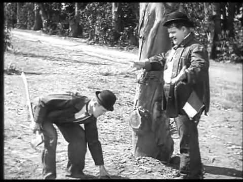 O Gordo e o Magro   Dois Canários na Gaiola 1929 Filme Comédia Completo   YouTube - YouTube