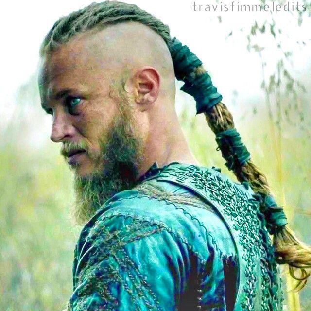 The iconic #Ragnar braid in all its glory #TravisFimmel #Vikings #VikingHair