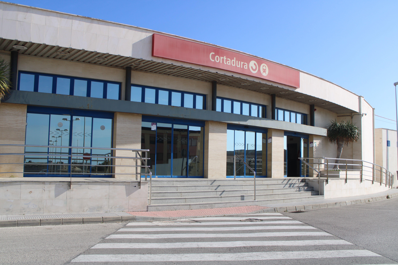 apeadero de Cortadura, entrada principal