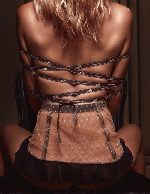 Kristine Zandmane  nackt