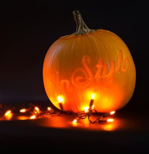 While calligraphy may be commonplace on wedding stationery, or as a decorative flourish on cakes, the creative folks at Style Me Pretty Living have shown it can be multipurpose, even amongst the ghouls and goblins of Halloween.