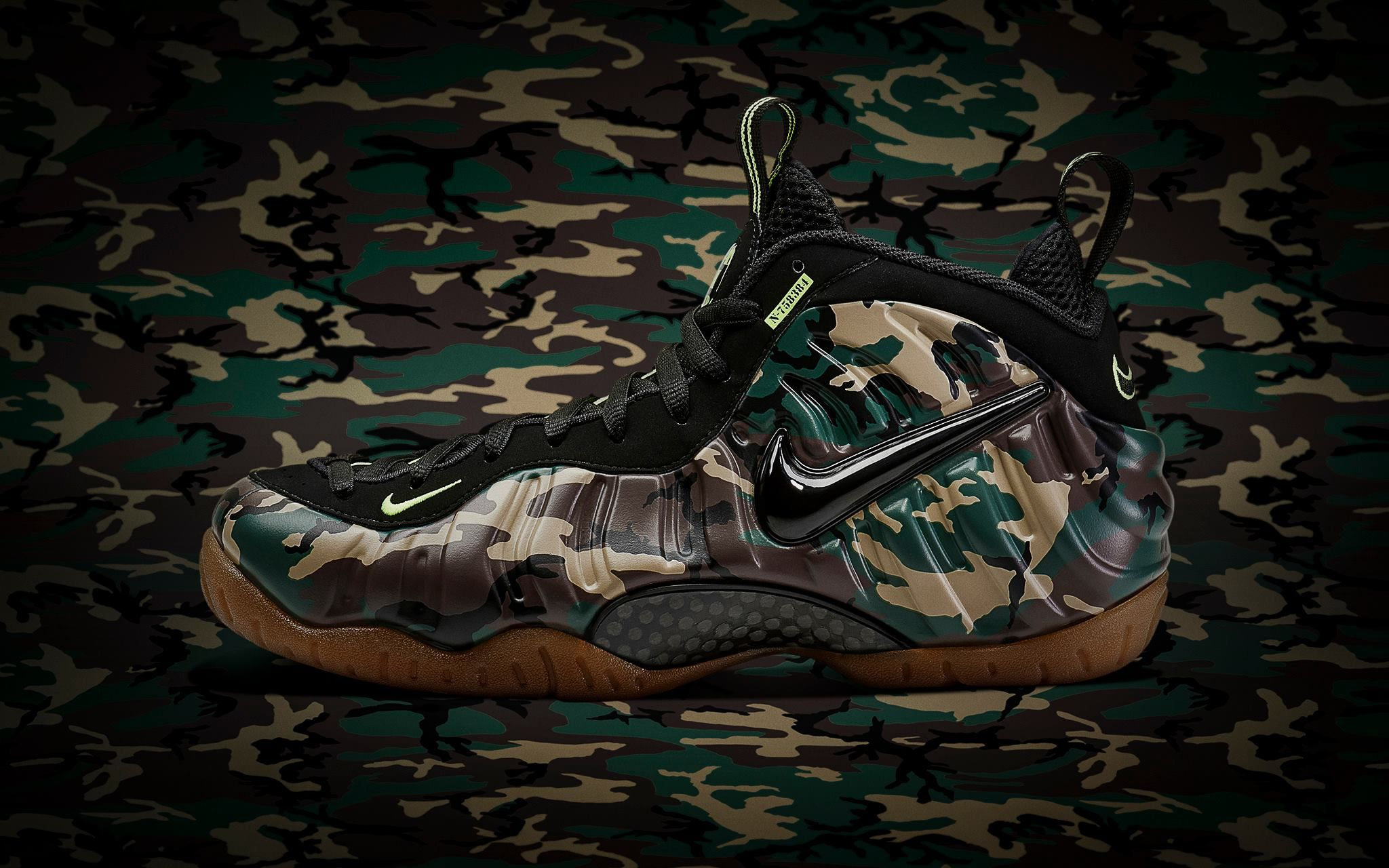 low priced 9c0ab 22754 Nike Air Foamposite Pro - Army Camo