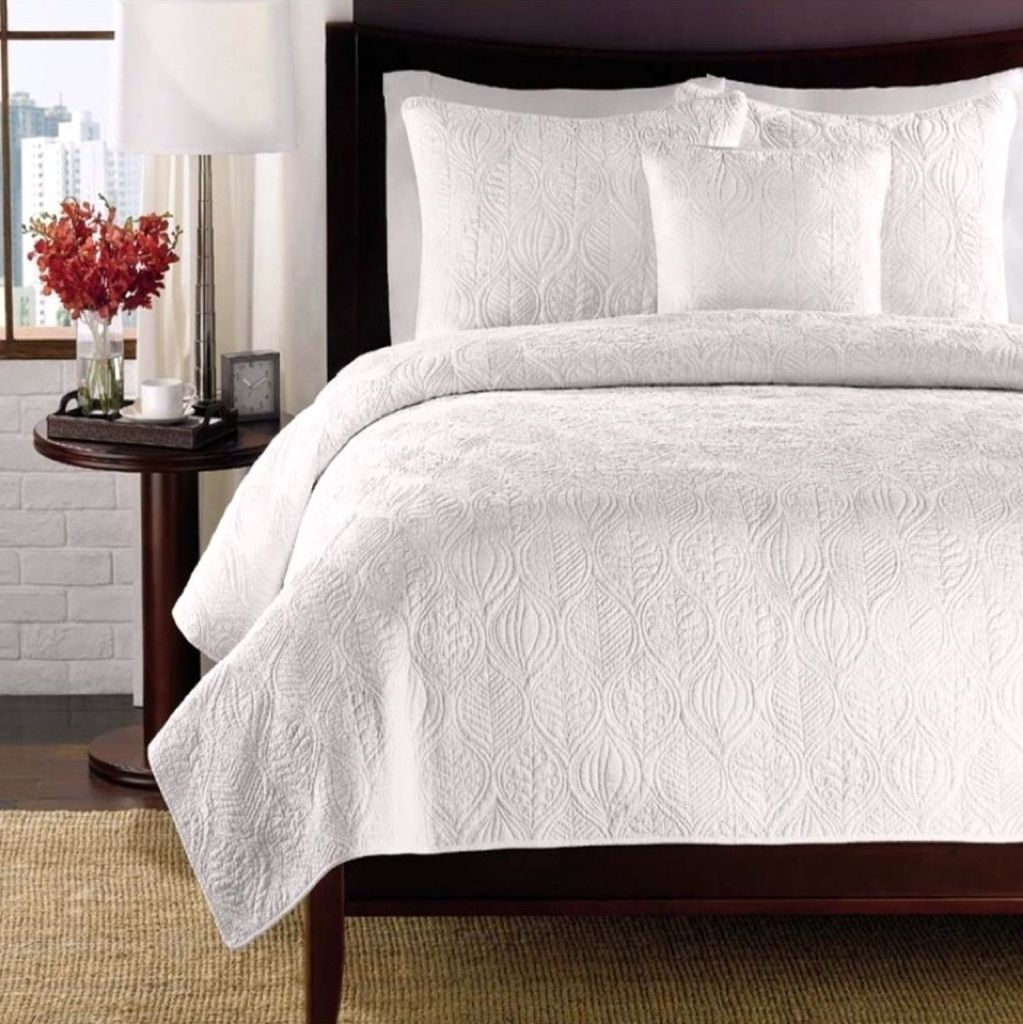 Nice Daniadown Quilted Coverlets Can Be Used As A Light Weight Cover In The  Summer Or As