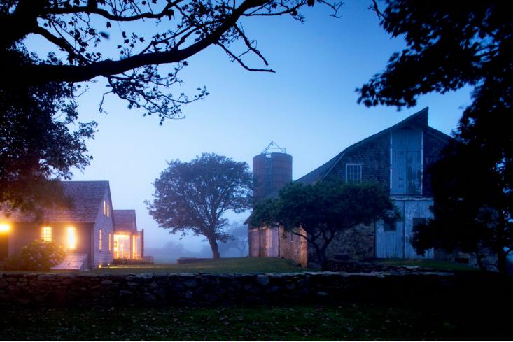 Trending On Gardenista Chasing Fireflies Remodelista Landscape Design Little Compton Landscape Architect