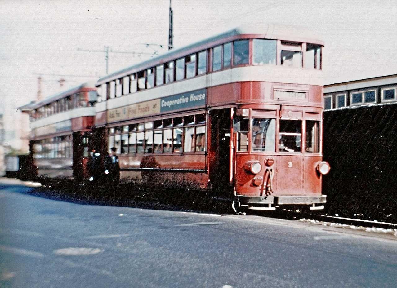 5d768c04f1965595153ab0e6b0b38cd6 - By Rail to the Mumbles