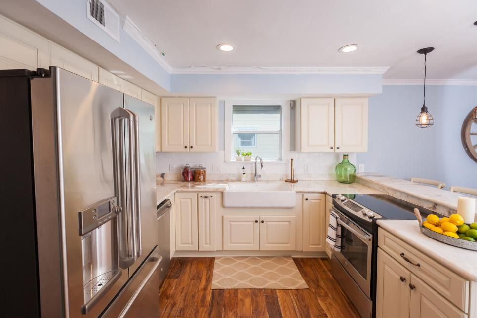 20 Small Kitchen Makeovers By Hgtv Hosts Hgtv Kitchens Home