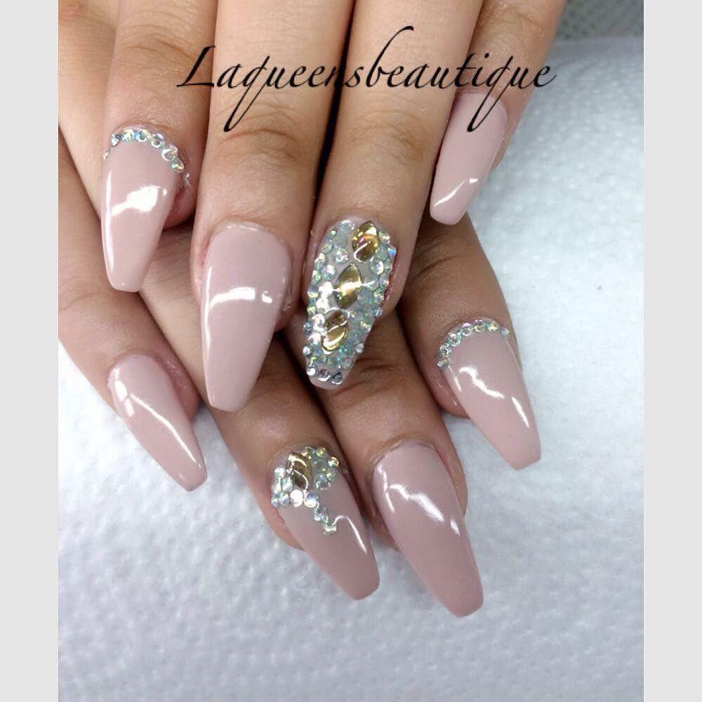 NIEUWE SET VOOR 35  #LaQueensBeautique #nailsdone #nails #gelnails #gelnagels #gelnägel #beaqueen #naildesign #nailsalon #nails2inspire #nailsofinstagram #nailstyle #nailshop #longnaildontcare #longnails #shortnails #nailsonfleek #nailsonfleektho #scra2ch by laqueensbeautique
